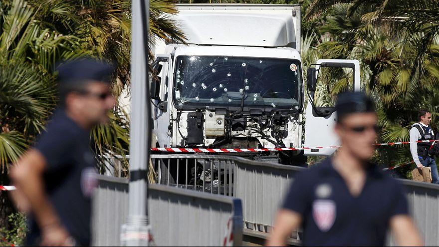 Nice'te terör saldırısı: En az 84 ölü