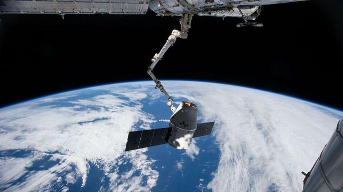 Kanada, geliştirdiği Canadarm 2 uzay mekiği aygıtıyla gurur duyuyor