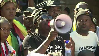 Zimbabweans in South Africa join in anti-Mugabe protests