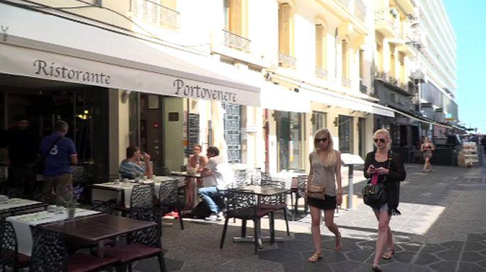 Nice halkı yaşadıklarının şokunu atlatmaya çalışıyor