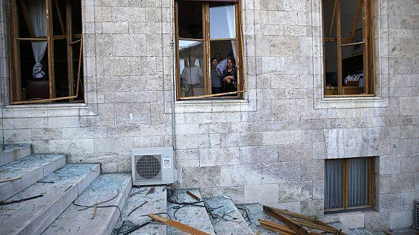 انفجارات في مبنى البرلمان في أنقرة