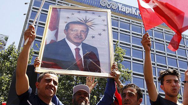 Törökország: több mint 250-en haltak meg a puccskísérlet során