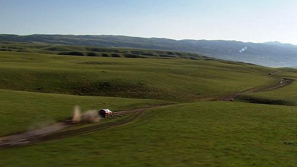 Cyril Despres soars in the mountains to extend his Silk Way lead