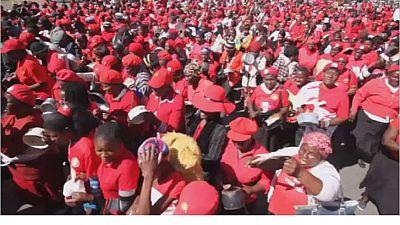 Manifestation des femmes du MDC contre Robert Mugabe