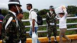 Venezuela reabre temporariamente fronteira com Colômbia