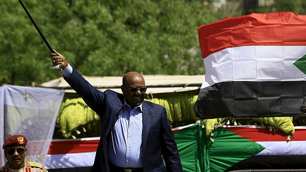 Sudan's al-Bashir in Rwanda for summit, despite ICC arrest warrant