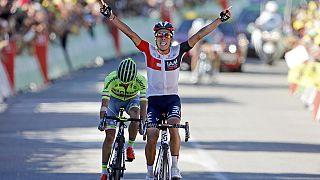 Tour de France: Pantano, fulmine in discesa, vince la 15a tappa, Sky protegge Froome