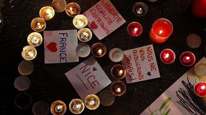 عائلات ضحايا اعتداء نيس غاضبون لبطء عملية التعرف على القتلى