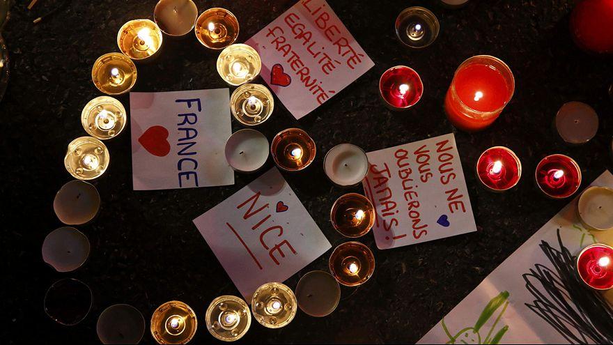 Indignación entre los familiares de las víctimas de Niza por la lenta identificación de los cuerpos