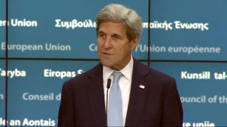 Главные дипломаты ЕС и США напоминают Турции о демократии