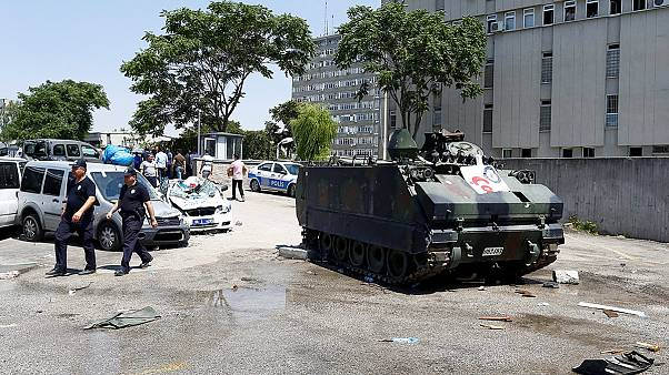 Τουρκία: Χιλιάδες αστυνομικοί σε διαθεσιμότητα στον απόηχο του πραξικοπήματος