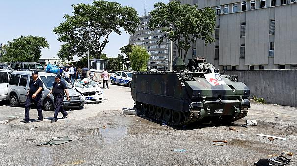 Spari in municipio a Istanbul, grave il vicesindaco Candas