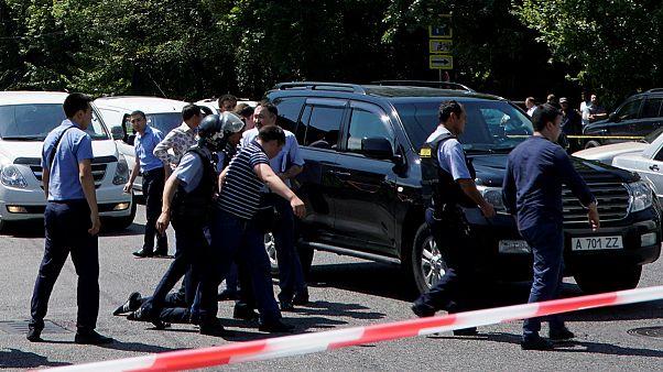 خمسة قتلى في سلسلة هجمات استهدفت قوات الأمن في كازاخستان