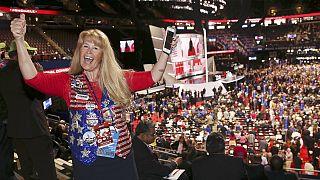 EUA: Convenção Nacional Republicana começa com minuto de silêncio e com protestos