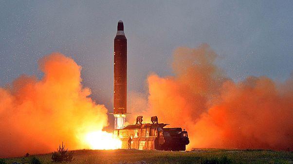 Megint ballisztikus rakétákat lőtt ki Észak-Korea