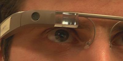 Hi-tech glasses help autistic children recognise emotions