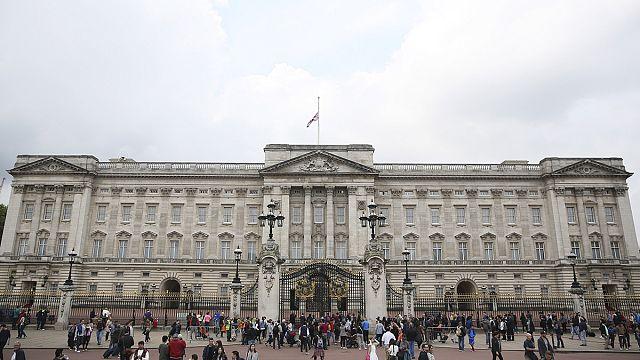 Bámulatos képeken mutatják meg pompájukat az európai kastélyok