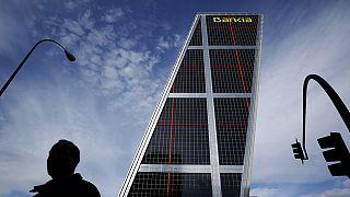 Spanish banks' non-performing loans down again