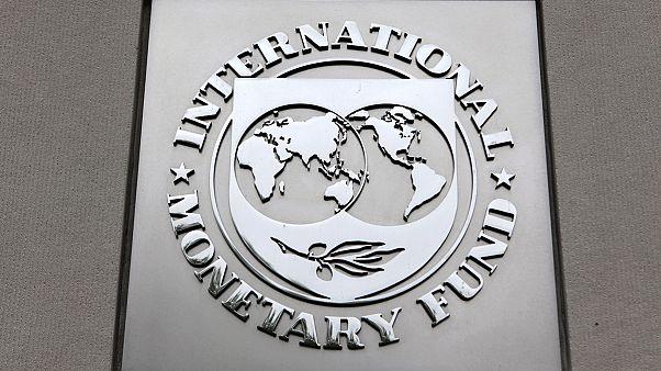 Brexit: le FMI abaisse ses prévisions de croissance