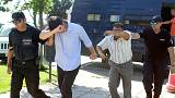 العسكريون الأتراك الفارون يتقدمون بطلب لجوء في اليونان
