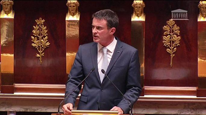 França aprova prolongamento do estado de emergência por mais seis meses