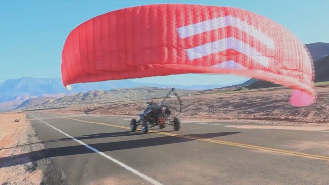 La voiture volante de l'an 2016