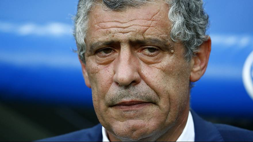 Portugal coach Santos signs new four-year deal