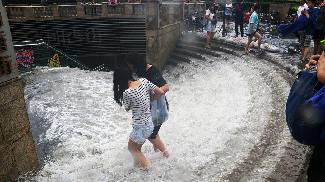 Şiddetli yağış Çin'in orta ve kuzey bölgelerini vurdu