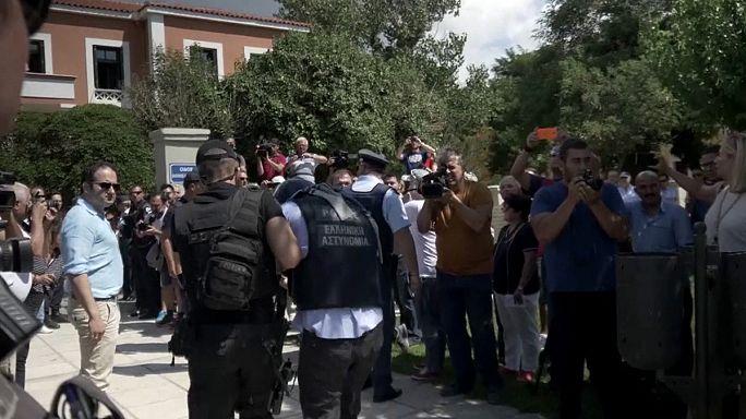 Még bizonytalan a Görögországba menekült török katonák sorsa