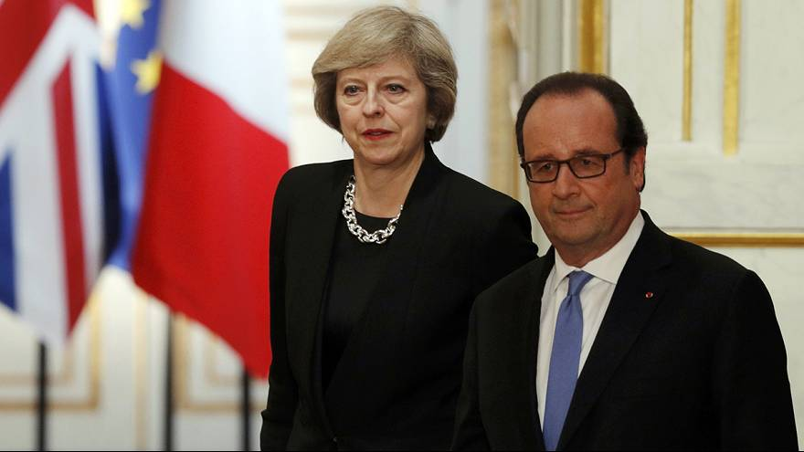 May in Paris: Hollande warnt vor Unsicherheit nach Brexit-Votum