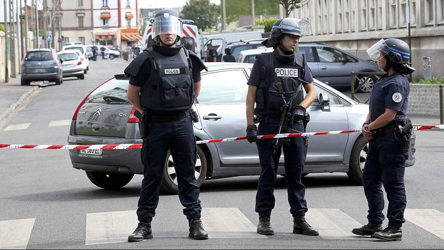 Man arrested in Paris anti-terror raids