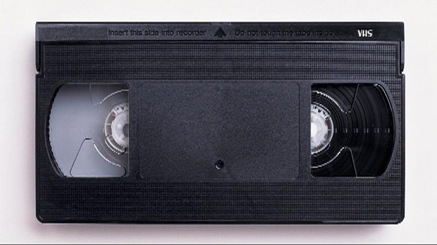 O VHS morreu! Vivam as cassetes VHS!
