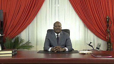 """Burkina : le gouvernement accusé de vouloir """"embrigader"""" la presse"""