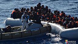 La guardia costera italiana recupera 17 cadáveres en embarcaciones con inmigrantes