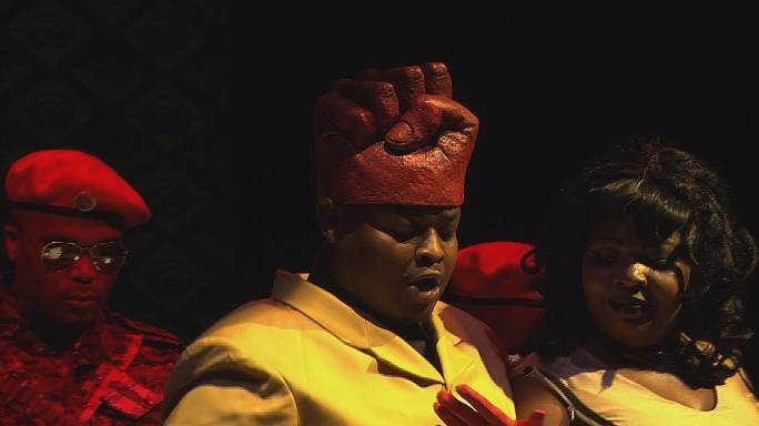 """""""ماكبث"""" لبريت بيلي يسلط الضوء على تاريخ إفريقيا المعاصرة"""