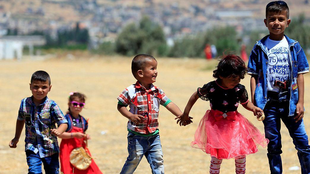 """""""Crescer sem Educação"""": O quotidiano de milhares de crianças sírias no Líbano"""