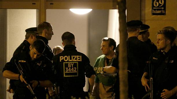 Police raid Munich apartment