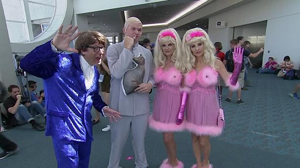 Fans dress to impress at Comic-Con International