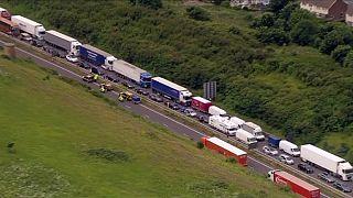 UK: Dover ferry port delays leave France-bound tourists stranded