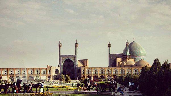 صنعت گردشگری، راهی برای درمان اقتصاد ایران