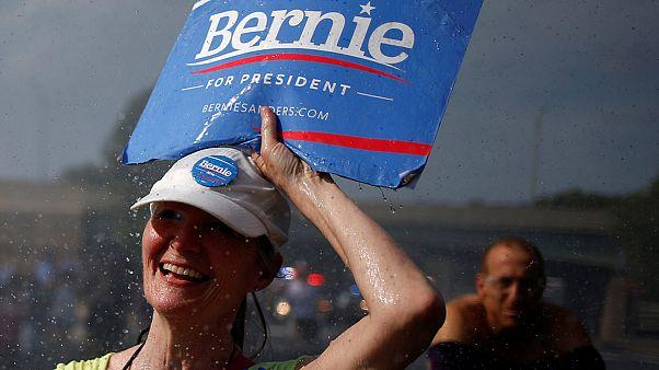 هواداران عصبانی برنی سندرز در فیلادلفیا تظاهرات کردند