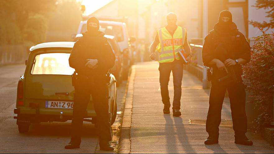Refugiado sírio com asilo negado suicida-se à bomba na Alemanha