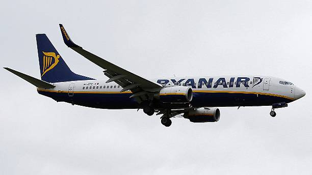 Ryanair shrugs off profit risks from Brexit