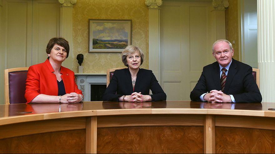 """Вкратце из Брюсселя: будущее Великобритании после """"брексита"""" - в руках женщин"""