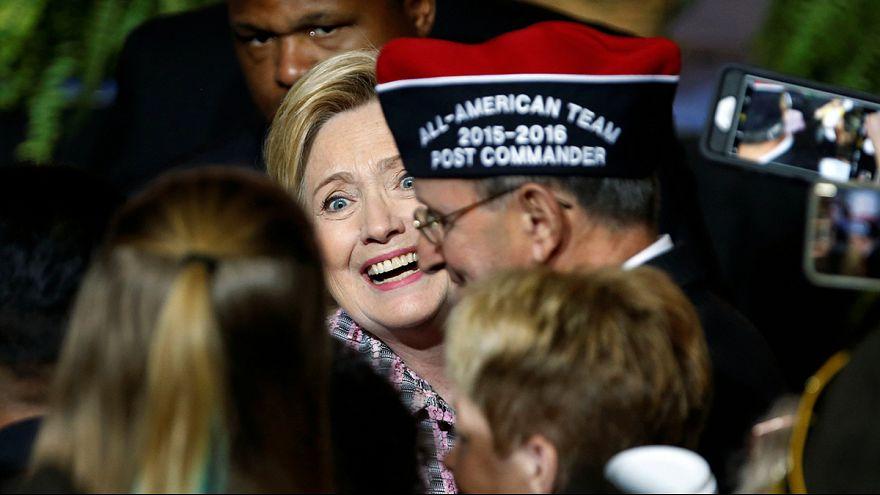 Sztárok Hillary Clinton mellett