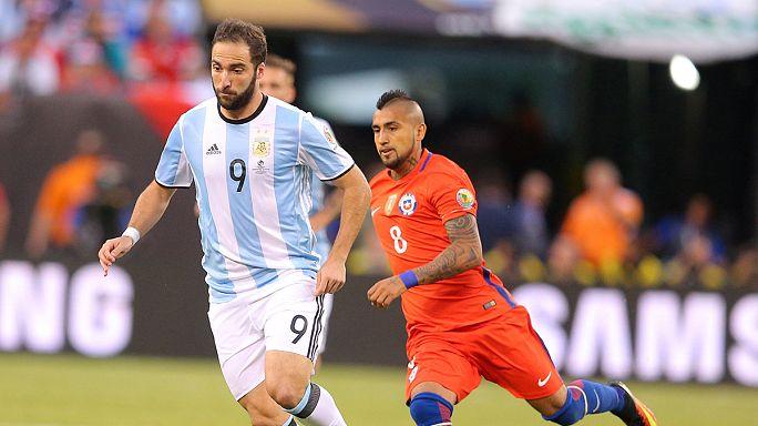 Gonzalo Higuain pode ser a terceira transferência mais cara da história do futebol