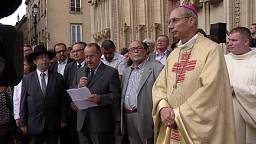 La cattolica Lione si unisce nella cattedrale dopo l'orrore a Saint-Etienne-du-Rouvray