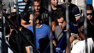 Ελλάδα: Αναβολή ζήτησαν και πήραν από την Υπηρεσία Ασύλου οι οκτώ Τούρκοι στρατιωτικοί