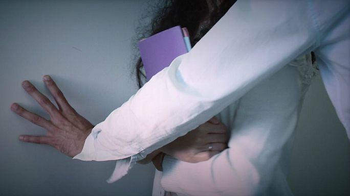 Munkahelyi szexuális zaklatás: megtörni a csöndet