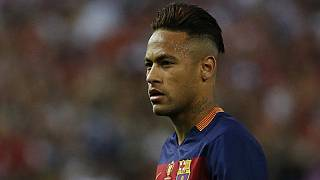 Neymar defends his 'party' life